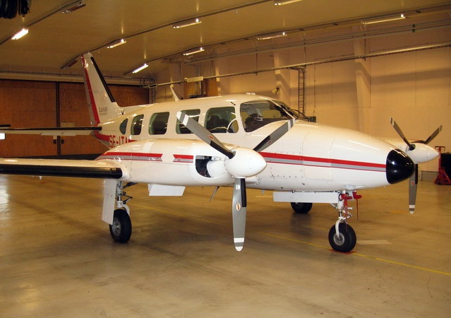PIPER CHIEFTAIN-350